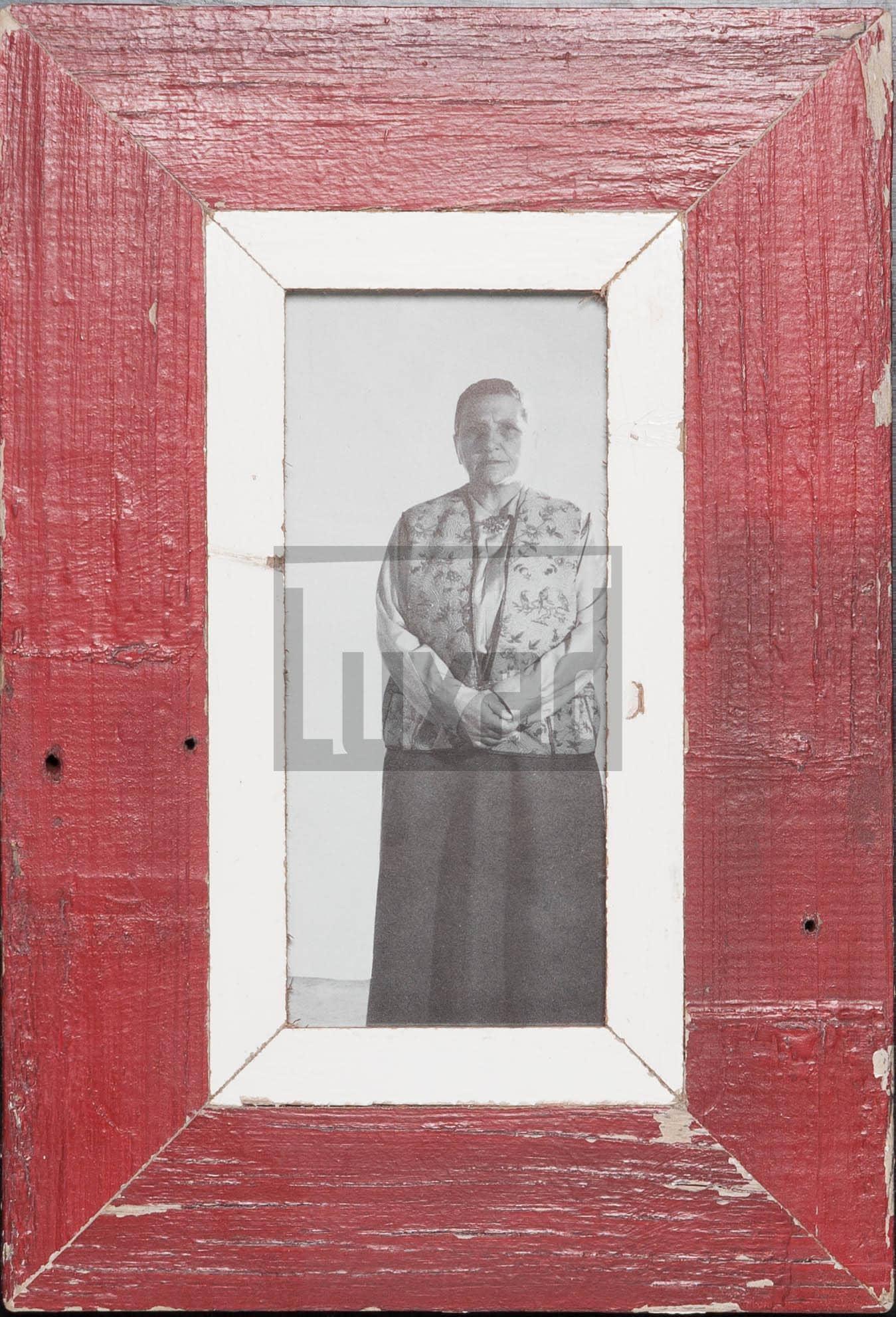Roter Panorama-Vintage-Bilderrahmen für dein Lieblingsfoto