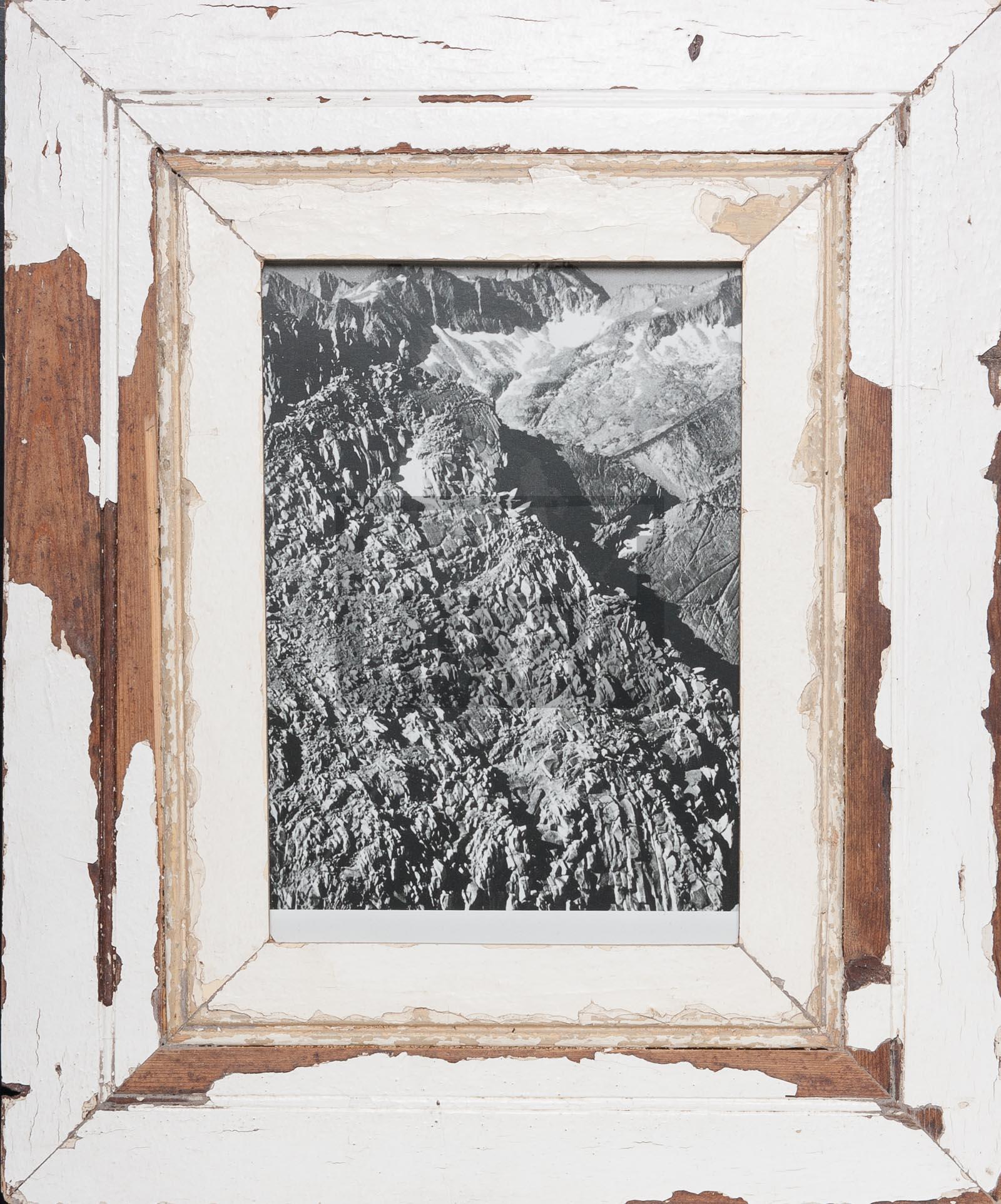 Bilderrahmen mit extra breitem Holzrahmen von der Luna Design Company