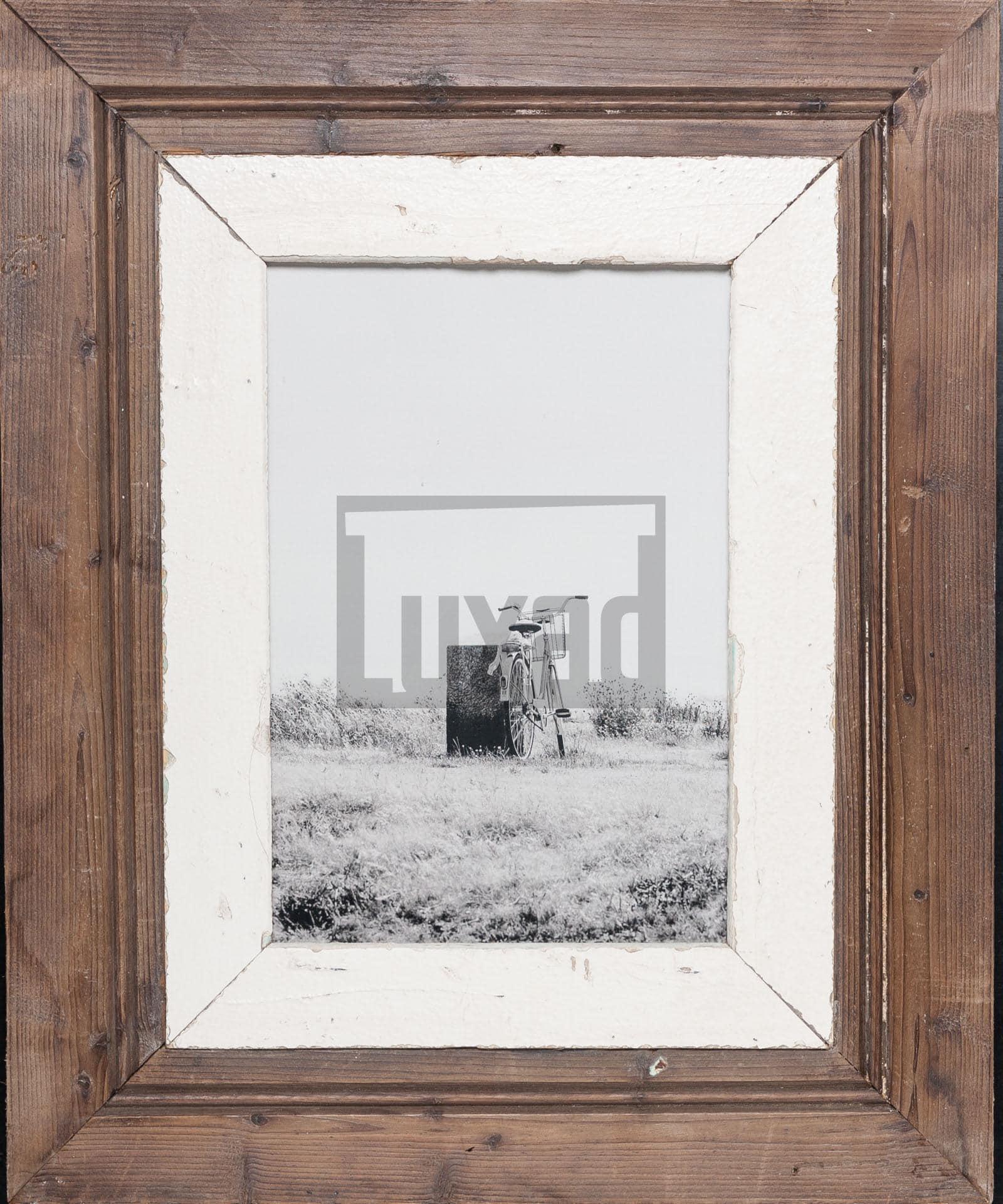 Vintage-Bilderrahmen mit breitem Rand von der Luna Design Company
