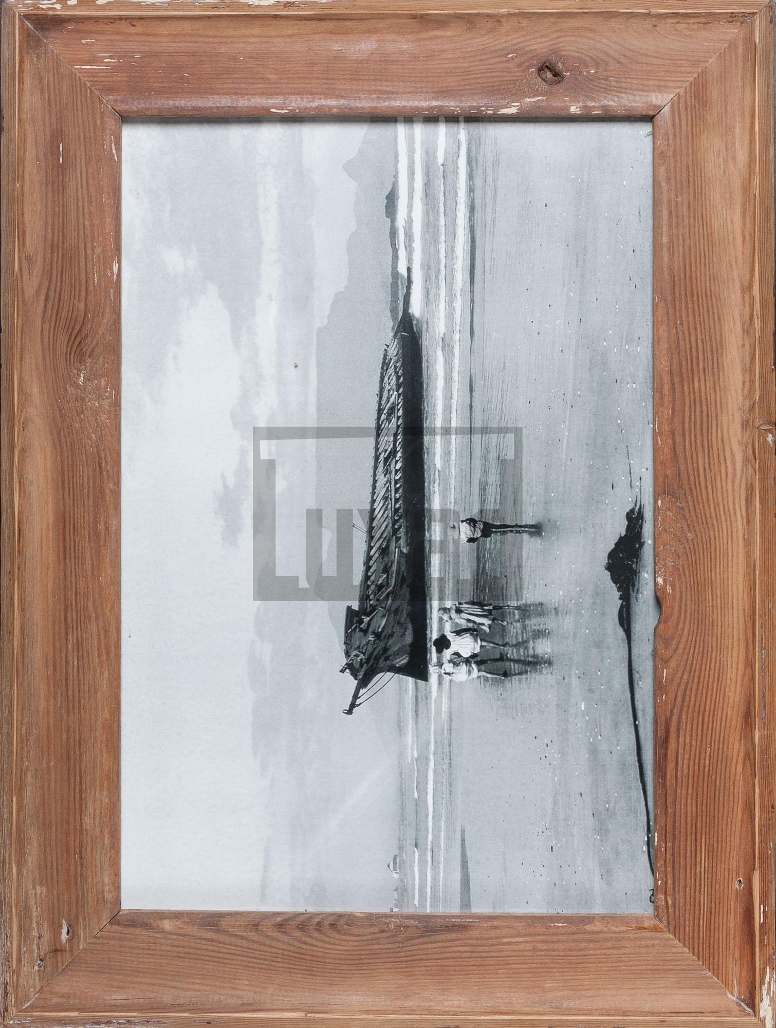 Bilderrahmen aus Recyclingholz für ca. 29,7 x 42 cm große Fotos