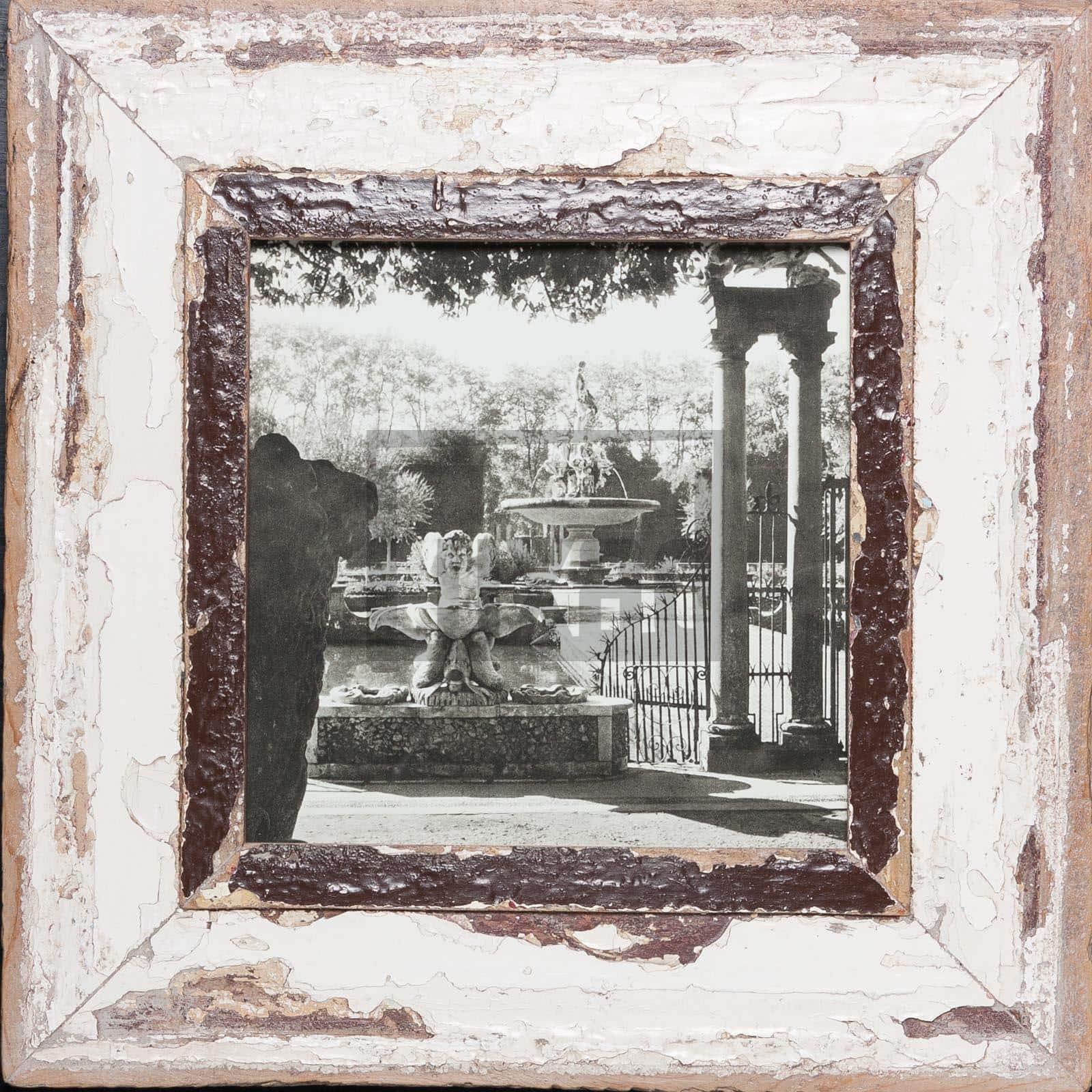 Quadratischer Bilderrahmen aus recyceltem Holz von Luna Designs