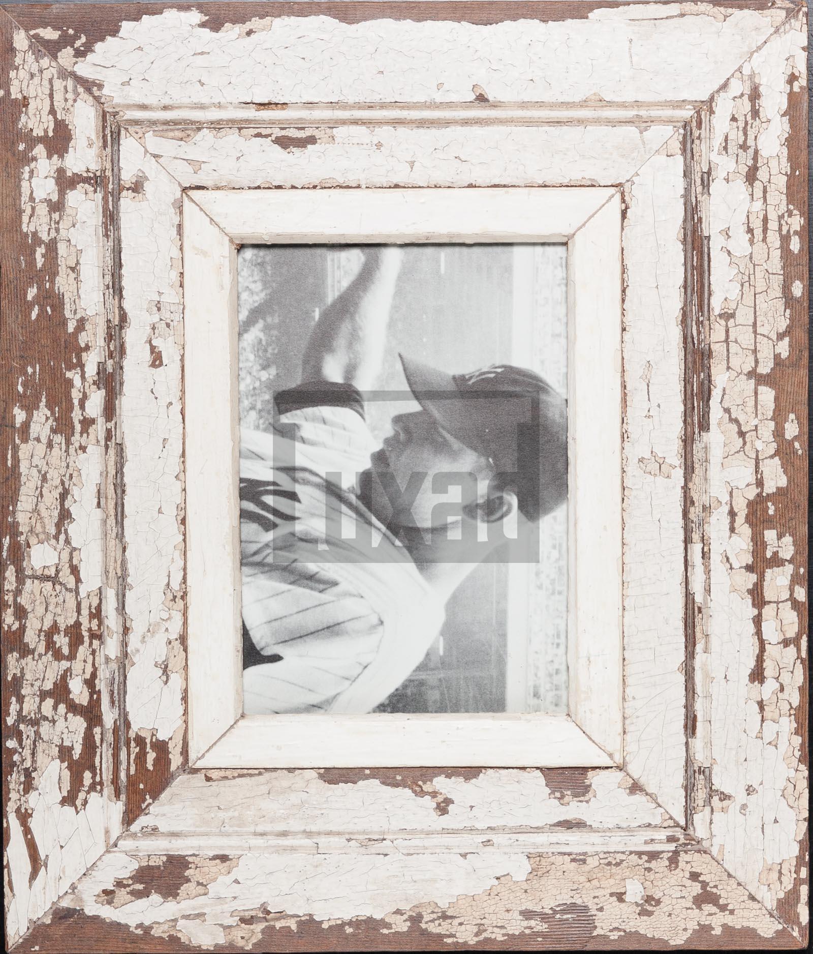Bilderrahmen mit extra breitem Holzrahmen für Fotos DIN A5