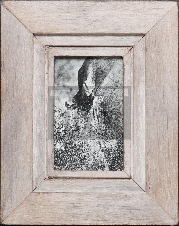 Bilderrahmen aus Recyclingholz für ca. 10,5 x 14,8 cm