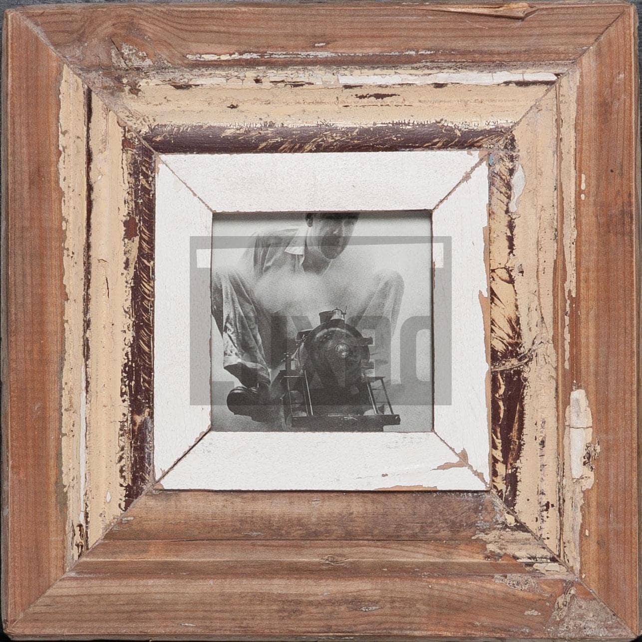 Quadratischer Altholz-Bilderrahmen für ca. 10,5 x 10,5 cm