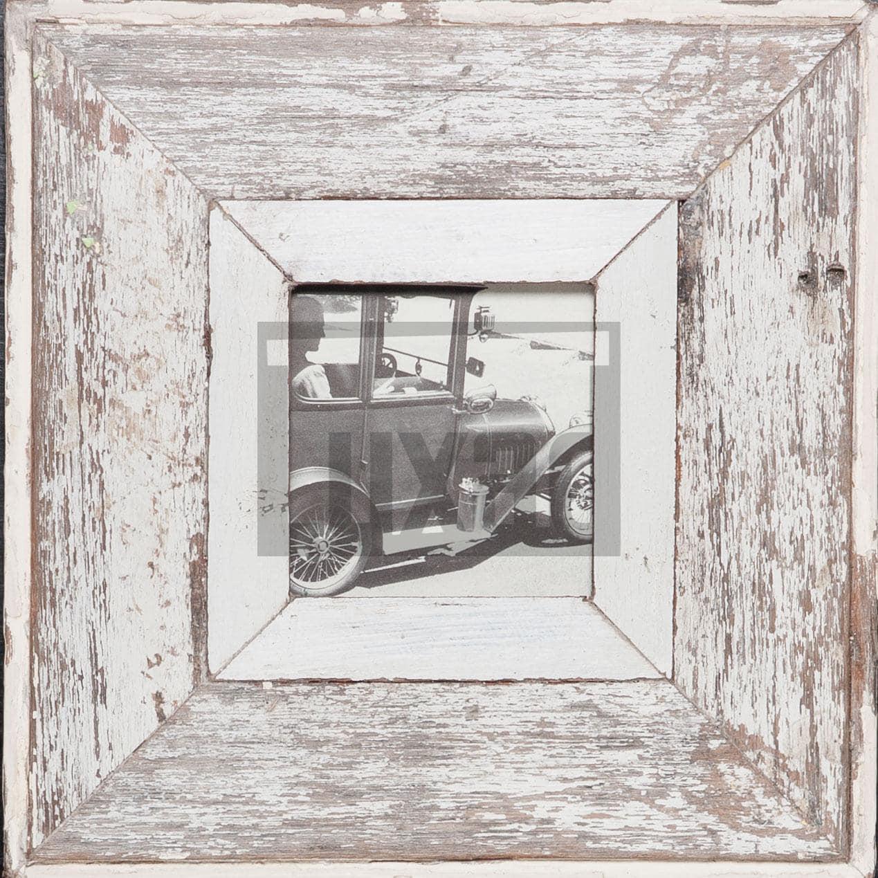 Quadratischer Vintage-Fotorahmen aus recyceltem Holz