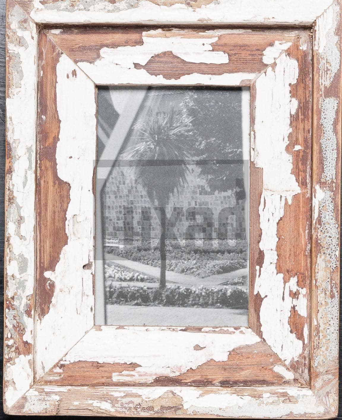 Wechselrahmen aus Altholz für die Bildgröße 10 x 15 cm