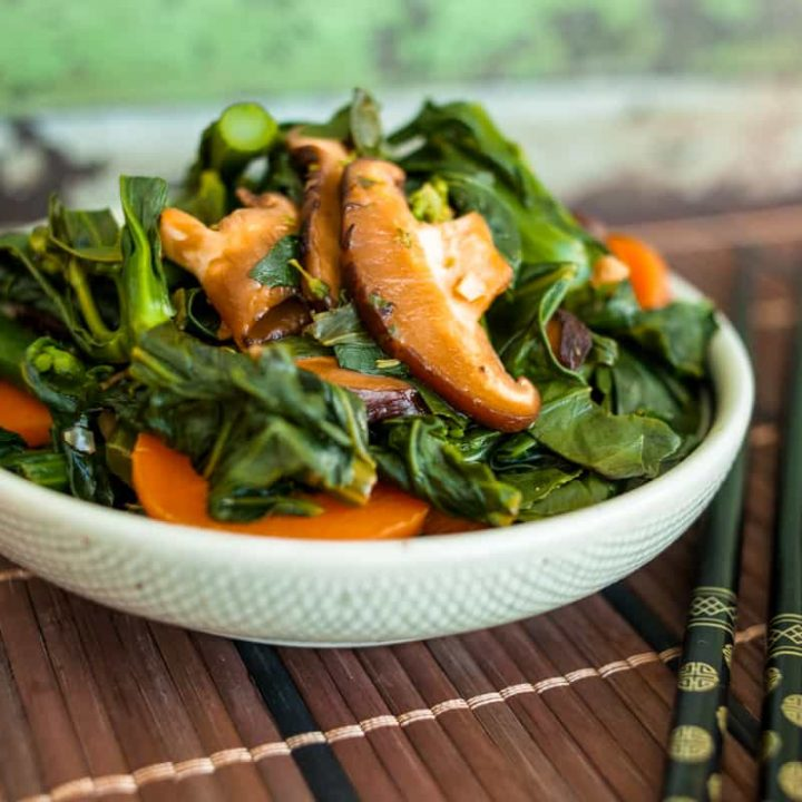 This Malaysian Kailan Stirfry is a delicious and healthy side that it super-easy to make! Recipe by Stephanie of Trans-planted.