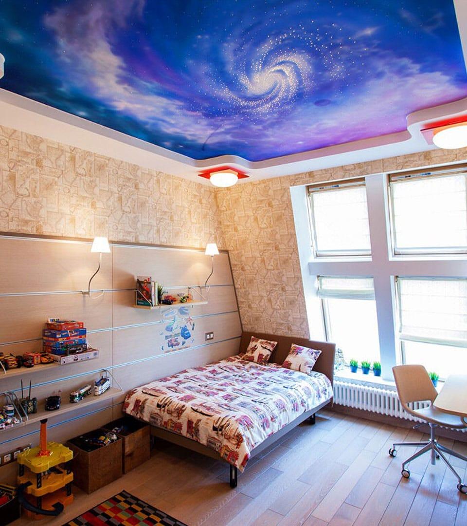 Натяжной потолок с фотопечатью в детской 16 м2 2