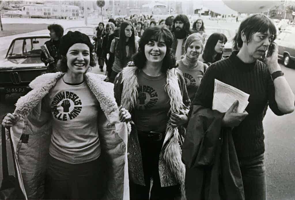 Éva Besnyő, Dolle Mina on Road show in 1972. Courtesy of Maria Austria Instituut, Amsterdam.