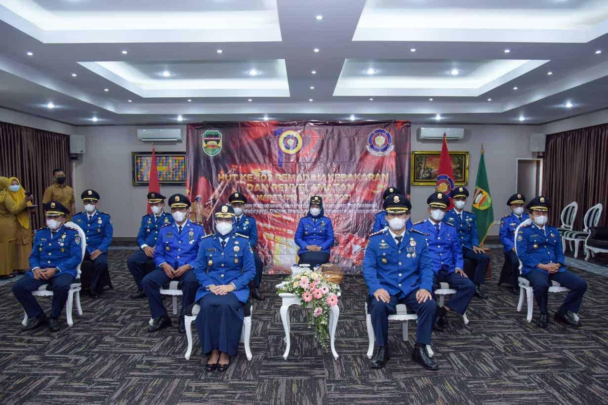 Bupati Purwakarta, Anne Ratna Mustika dan para pejabat Dinas Pemadam Kebakaran & PB