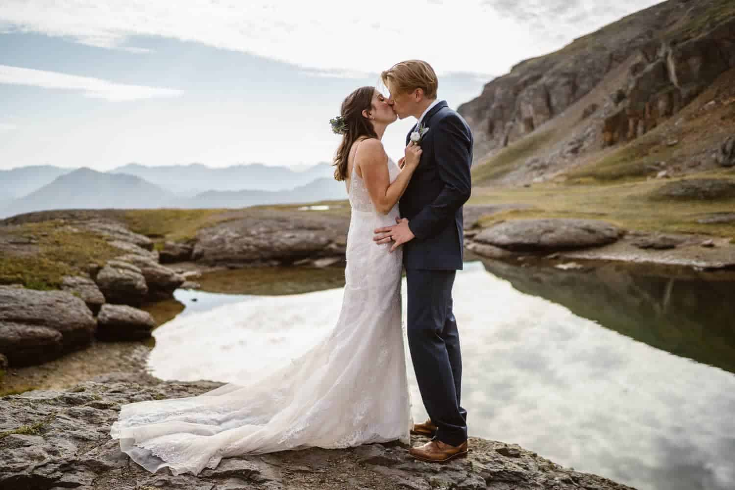 Bride and Groom Kissing Ouray Colorado Elopement
