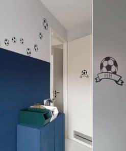 muurstickervoetbal