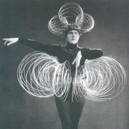 Bauhaus Oskar Schlemmer Triadic Ballet