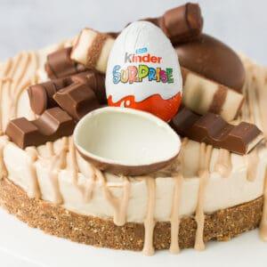 A kinder bueno cheesecake.