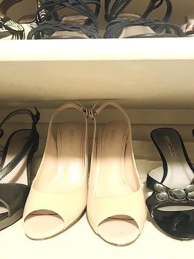 Easy Closet Organizing