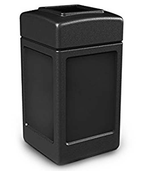 commercial-zone-trash-can