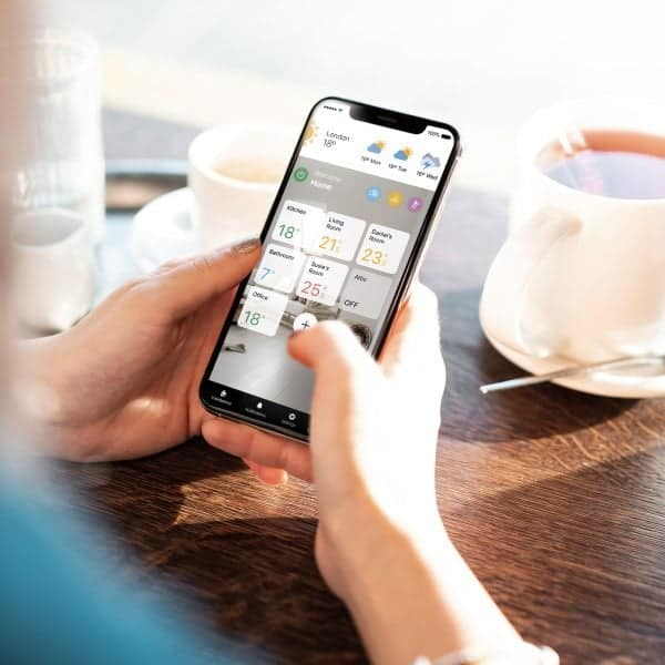 Rointe Connect app showing management of all heating installations and product in a home