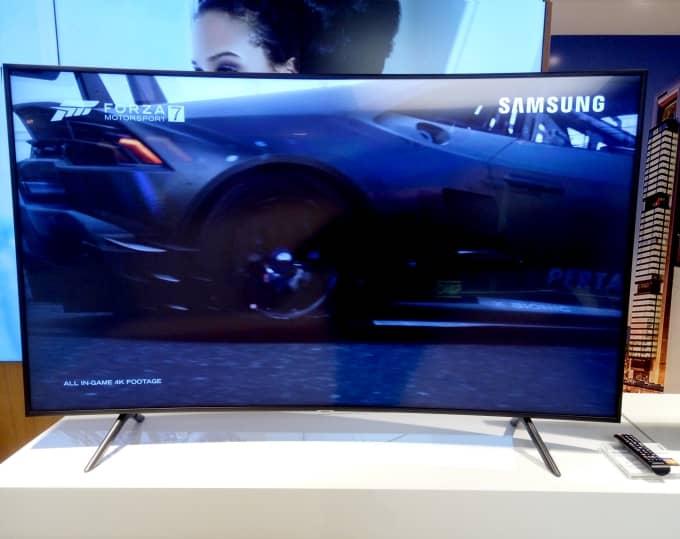 TV curvo Samsung nu7305