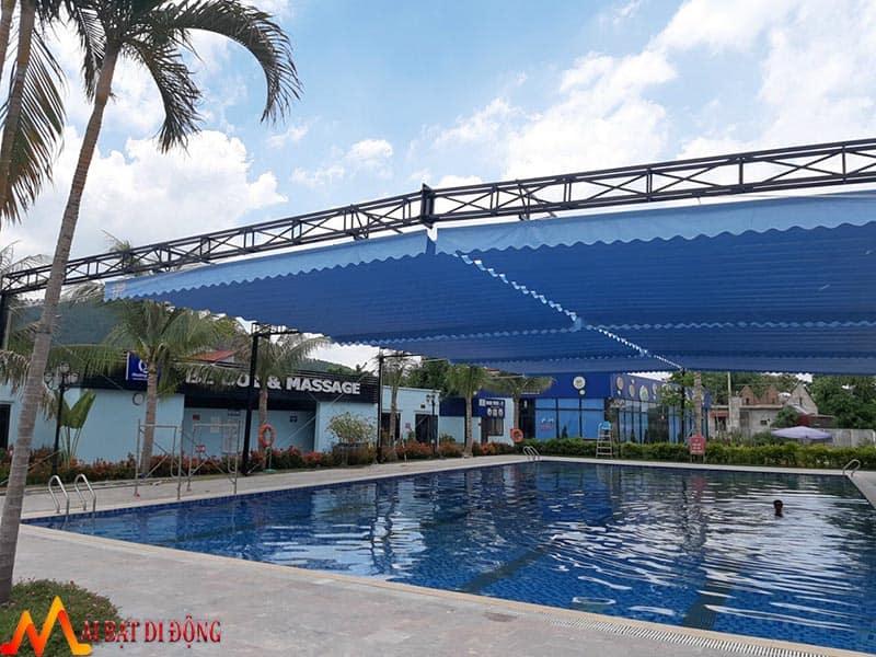 mái kéo che nắng hồ bơi