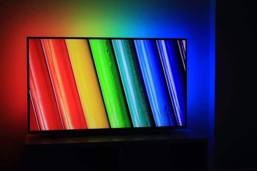 Review TV Philips PUS6754 - PUS6704 Ambilight