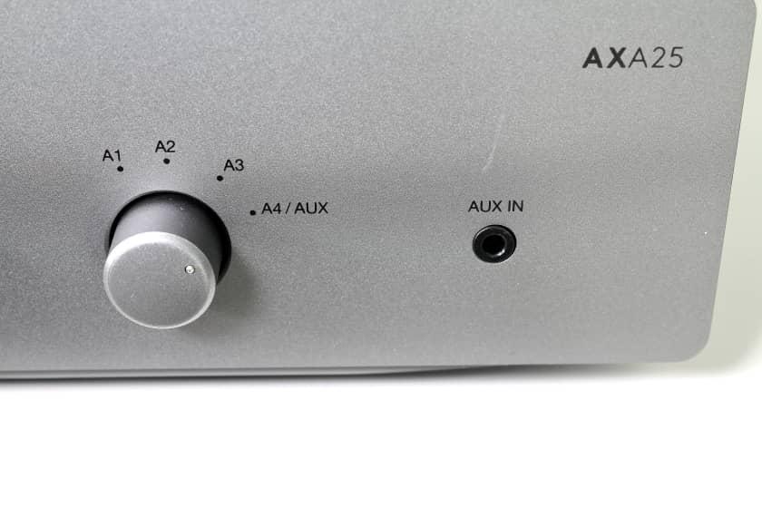 Conexión frontal de audio auxiliar jack 3,5 mm Cambridge Audio AXA25