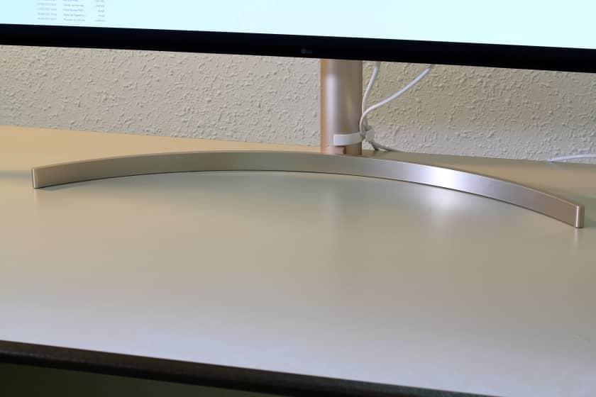 Peana monitor ultrapanorámico 49WL95C