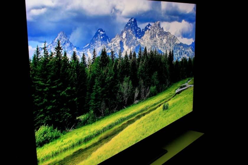Ángulos de visión Samsung Q95T con panel Ultra Viewing Angle