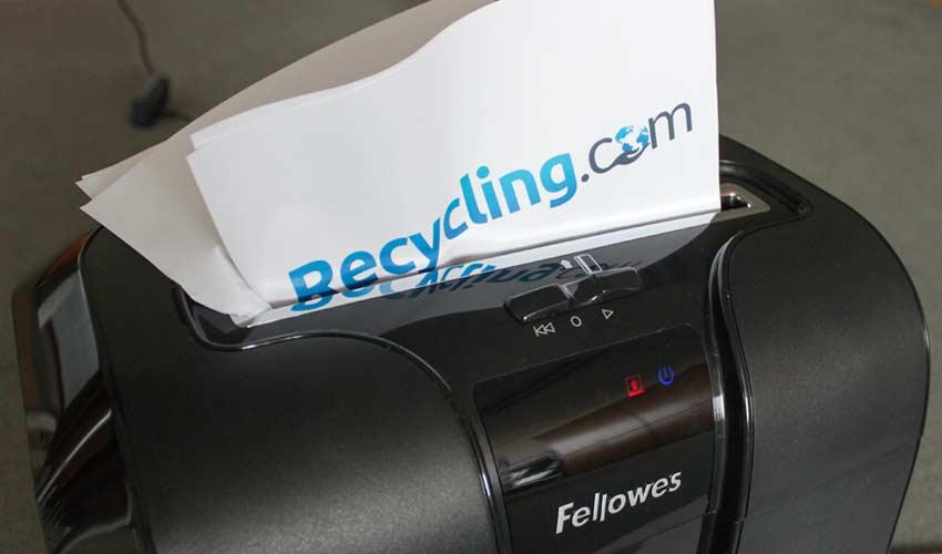 paper-shredder-jammed-how-to-solve-paper-jam