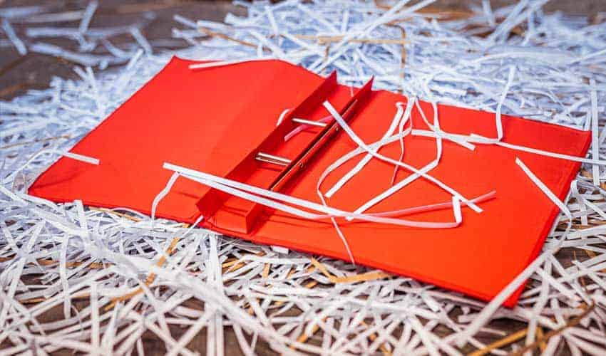 shredded-paper-plastic-file-paper-can-not-be-recycled