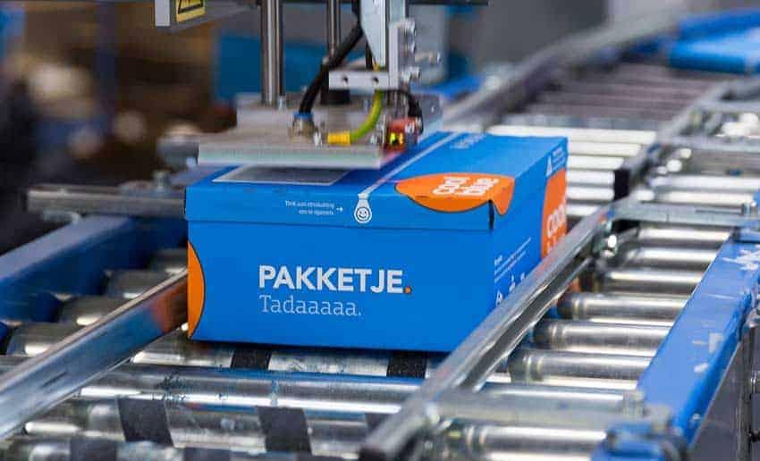 coolblue-pakketjesmachine-compacte-verpakking