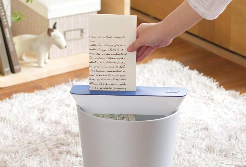 paper-shredder-without-wastebasket-on-trash-can