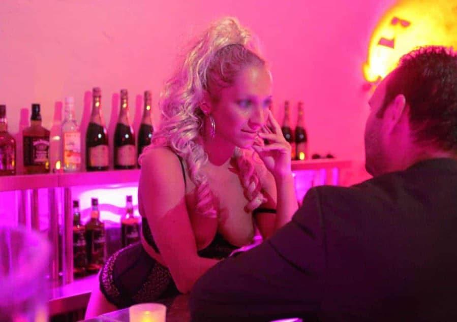 Rencontres sensuelles et coquines sont au programme d'une soirée à l'Angelus