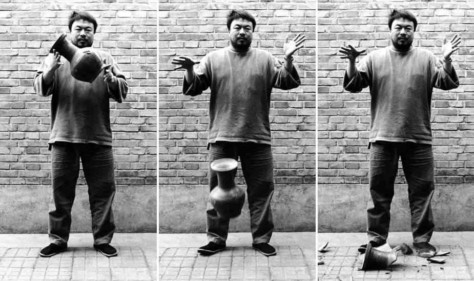 Ai Weiwei, Dropping A Han Dinasty Urn, 1995. Vandalism