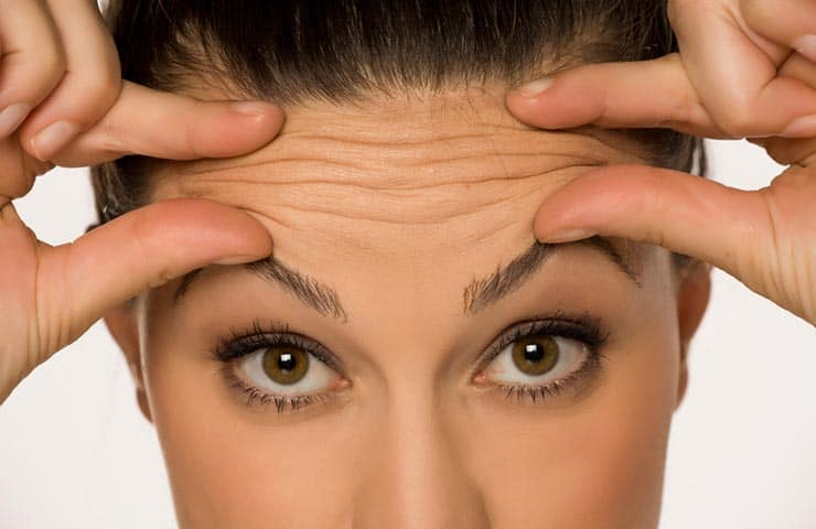 7 Ways to Iron Out Forehead Wrinkles - Beauty