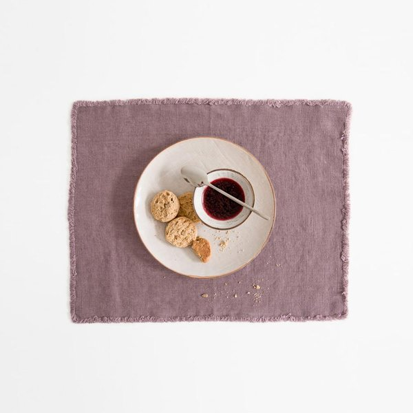 Blush Washed Linen Placemat With Fringes - Lithuania