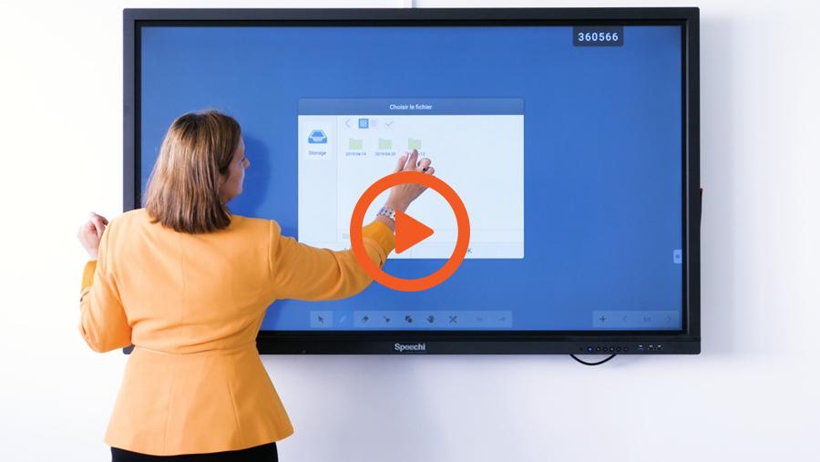 La vidéo interview sur écran interactif dans l'entreprise Foxy's