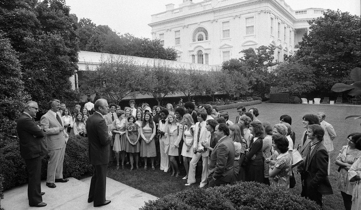 Gerald R. Ford, '35, welcoming the U-M Public Service Intern Program