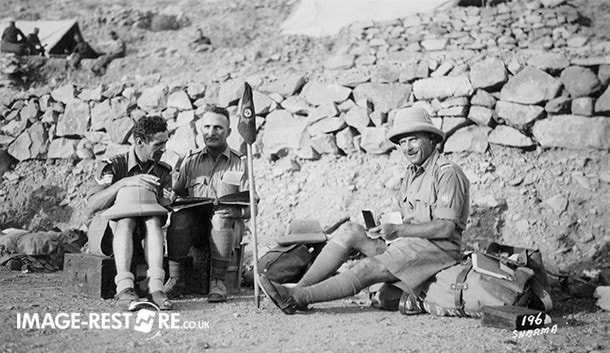 Ladhay with British soldiers