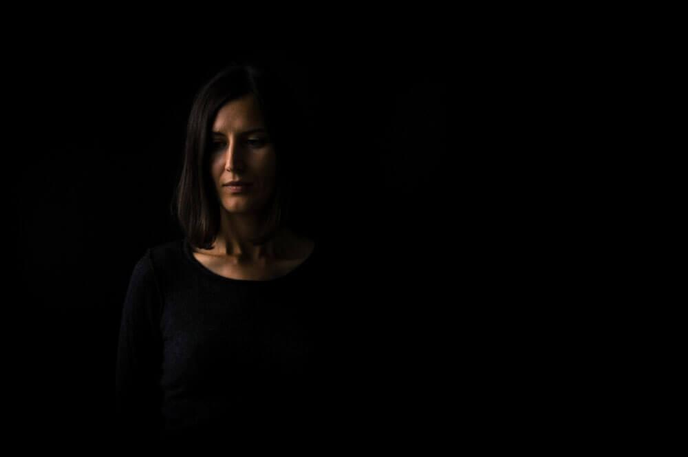 aperture for Dark backdrop