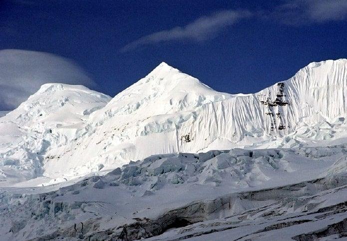 Mount Bona, Alaska.  Photo: Nwchica85, public domain via MediaWiki Commons.