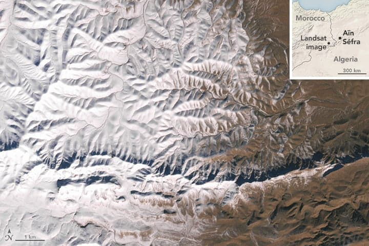 Satellite image showing snow between the border of Morocco and Algeria near the town of Ain Sefra captured by Landsat 7. Image: NASA, December 19, 2016.