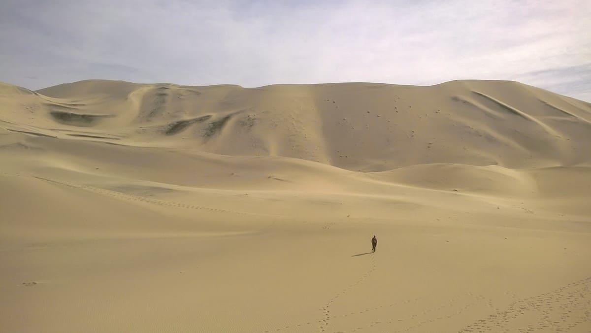 Eureka sand dunes.  Photo: Dan Kish, NPS.