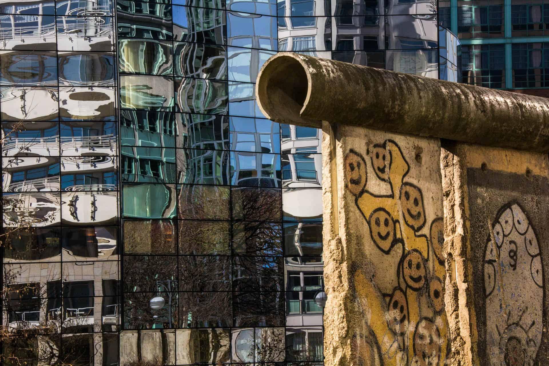 Oud en nieuw door elkaar heen in Berlijn