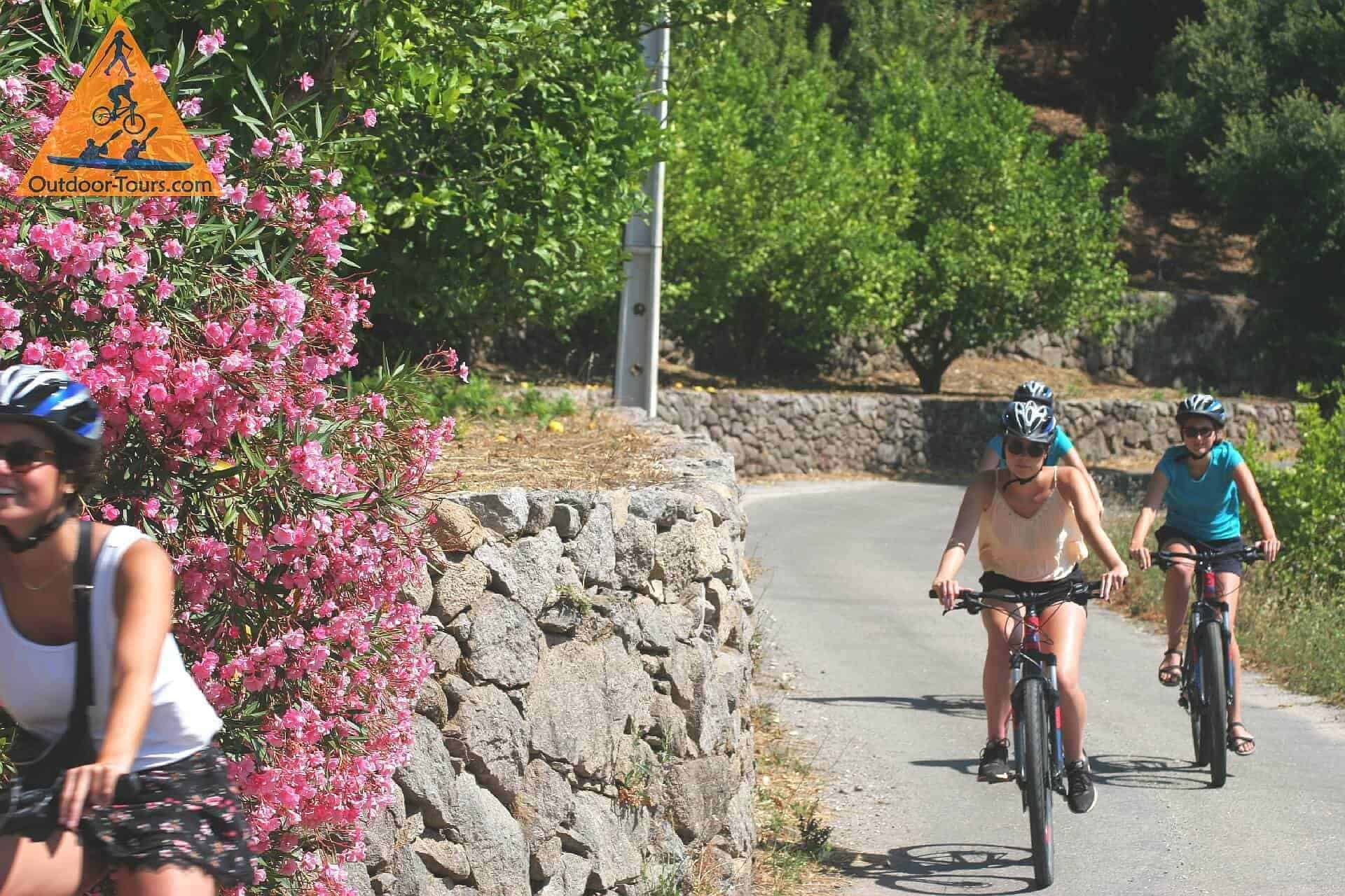 family friendly cycling tours