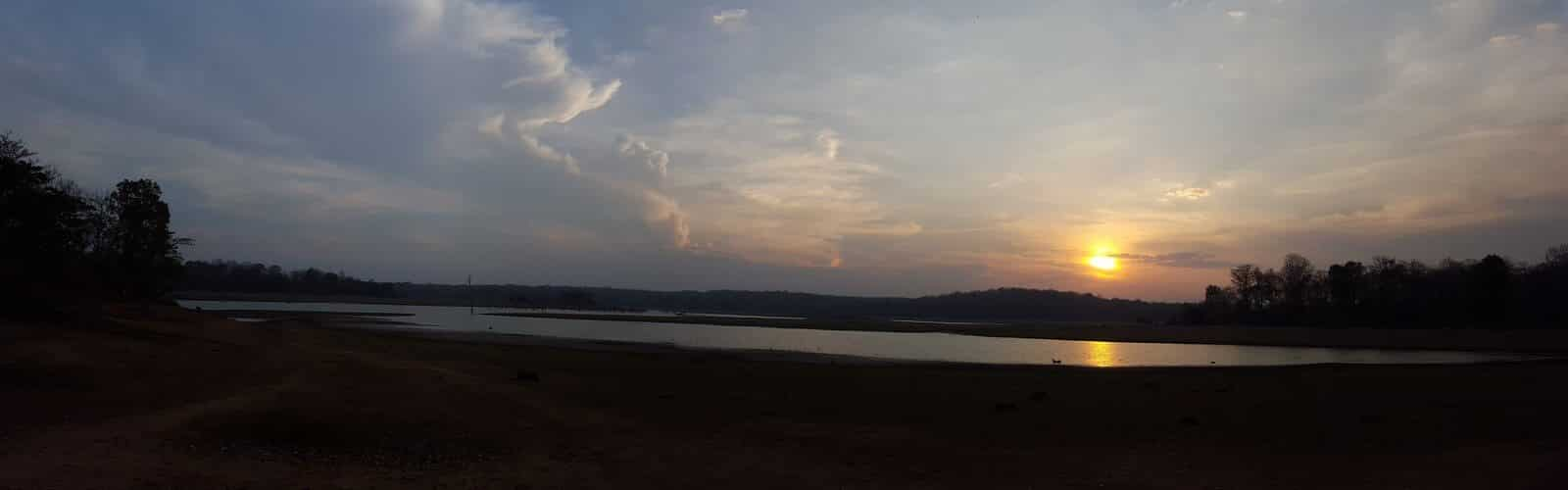 A sunset panaroma while we were waiting for a 3rd encounter