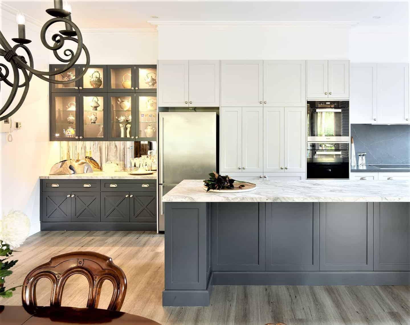 Hamptons-style-kitchen