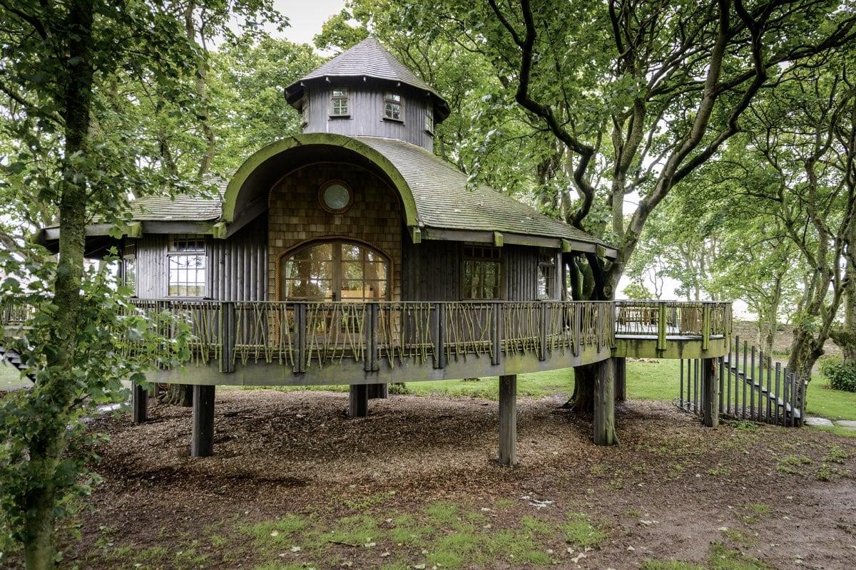 Ackergill Tower, Scotland - best treehouse retreats