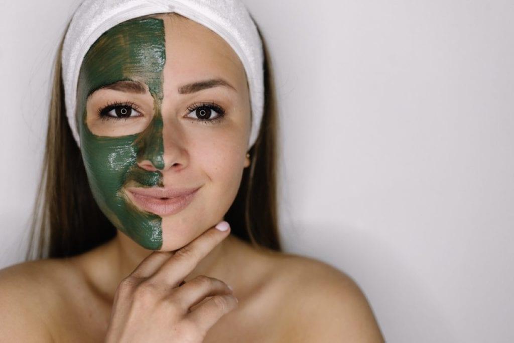Green tea peel off face mask