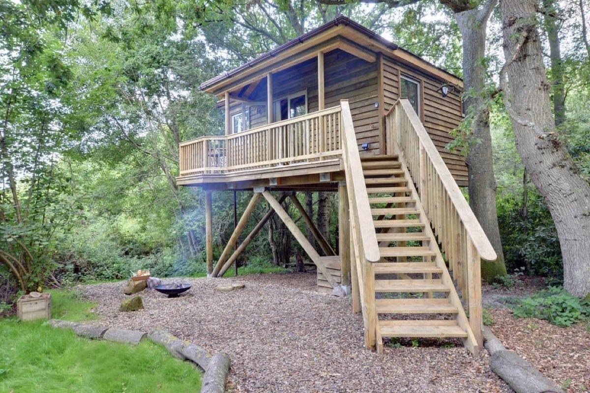 Tinkers Treehouse - best treehouse breaks