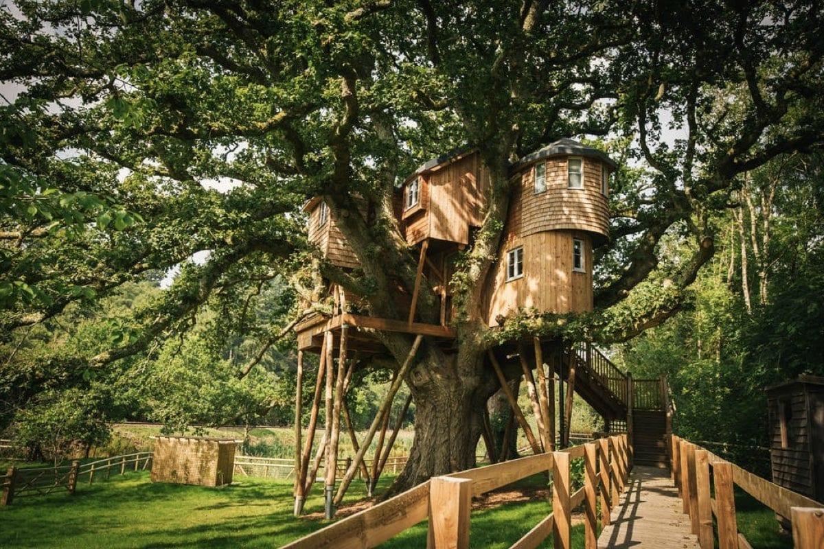 The Oakey Koakey Treehouse - best treehouse retreats